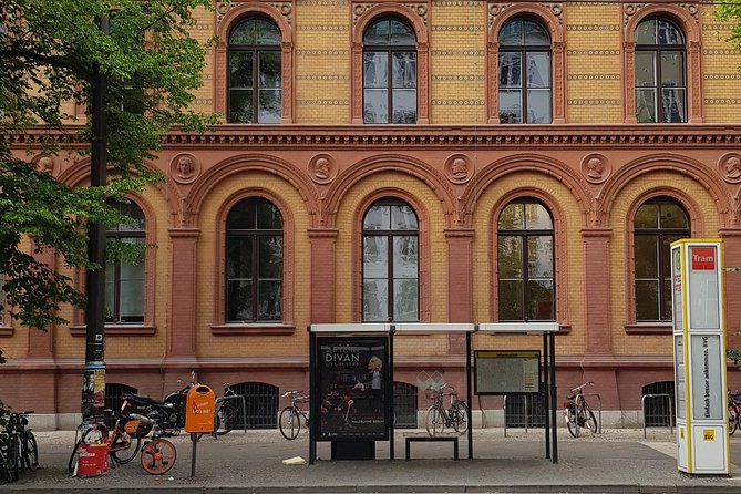 Berlin Private Tour: Third Reich & the Cold War Exploration Game
