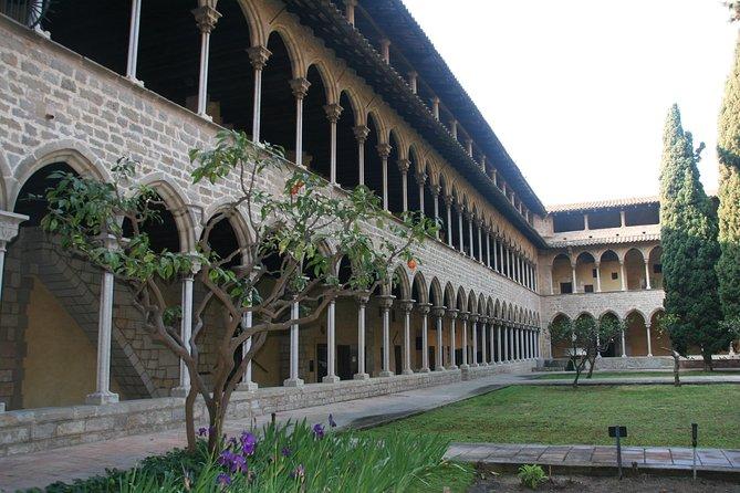 Excursão pela arquitetura medieval e modernista de Barcelona