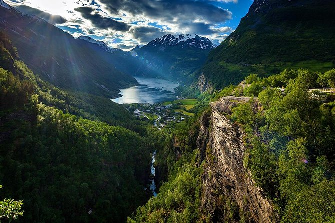 Geiranger Shore Excursion: Westeras Hike