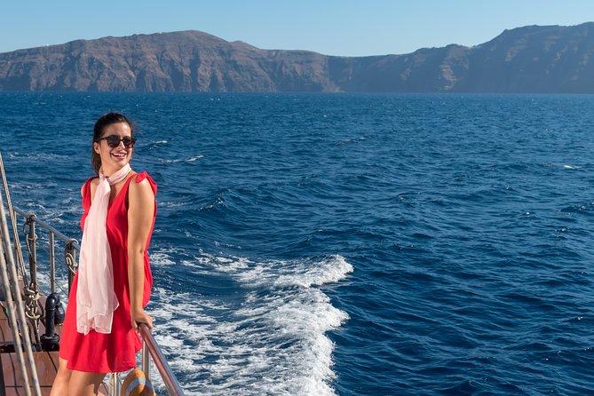 Caldera & Oia Sunset With King Thiras Boat