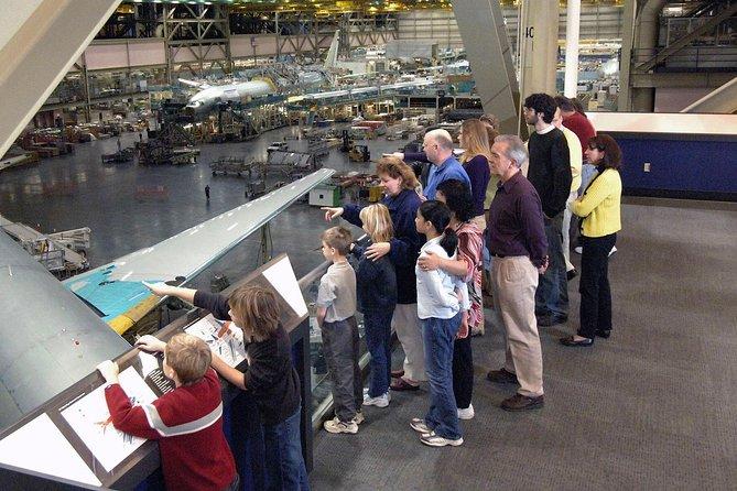 Trasferimento di andata e ritorno alla fabbrica Boeing con tour