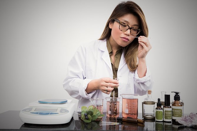 Formulate & Keep Your Own Unique Perfume