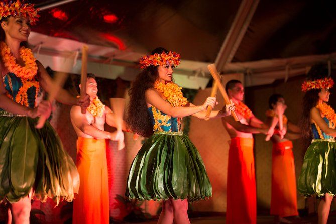 Big Kahuna Luau: espectáculo y cena en Honolulu Nutridge Estate
