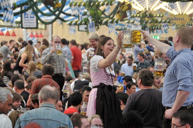 weltweit verkauft spottbillig schöner Stil Munich Oktoberfest Reserved Table at Käfer or Pschorr Tent ...