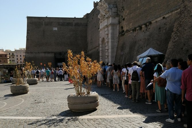 Skip the Line: Last Minute Ticket Reservation for Vatican and Sistine Chapel