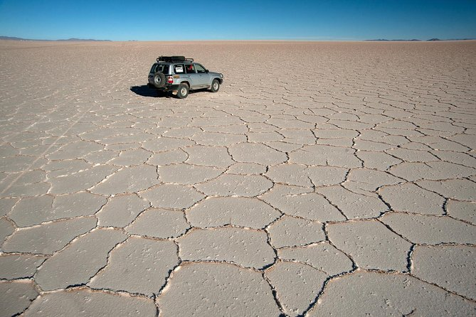 Private Salt Flat Full-Day Tour Including The Cemetery of Trains and Lunch from Uyuni photo 5