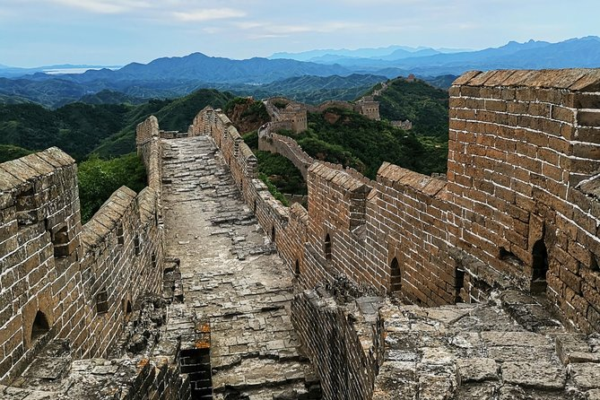 Private round-trip transfer from Beijing to Jinshanling Great Wall photo 2