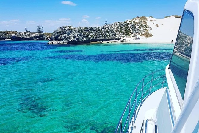 Rottnest Island 5-Course Deluxe Seafood Banquet Cruise photo 11