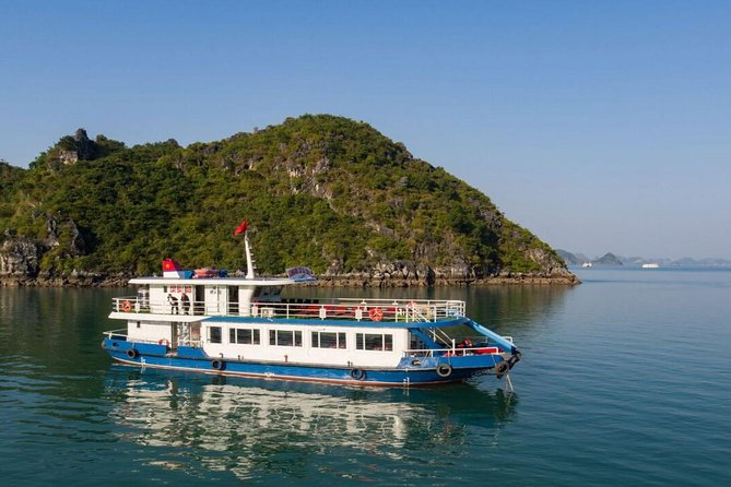 1 Day Tour of Lan Ha Bay with Luxury Day Cruise from Hanoi