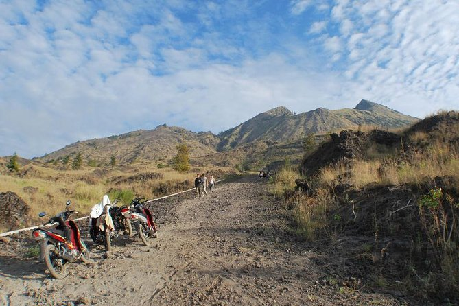 Mount Batur Sunrise Trekking with Natural Hot Spring and Breakfast