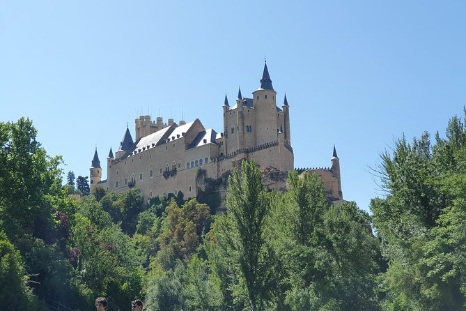 Private tour from Madrid to Toledo and Segovia. photo 3