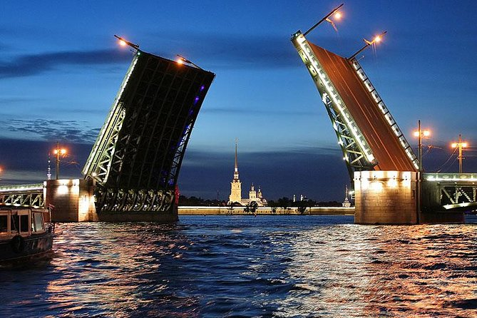 St Petersburg Boat Trip Through Rivers and Canals photo 4