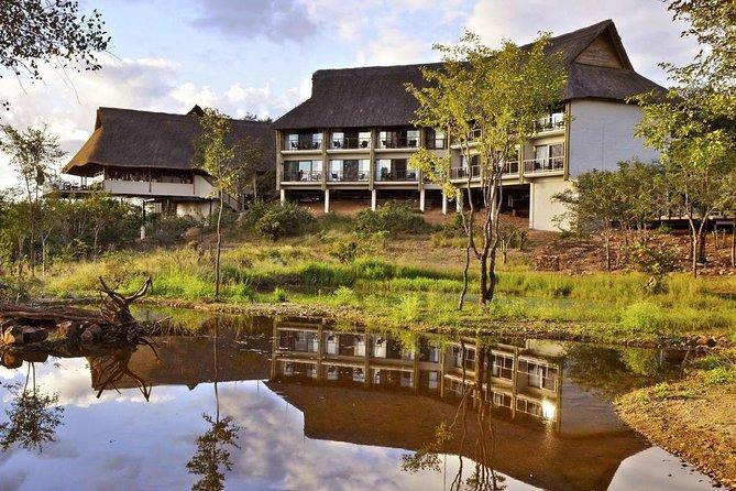 4 Days / 3 Nights Victoria Falls Safari Club Package