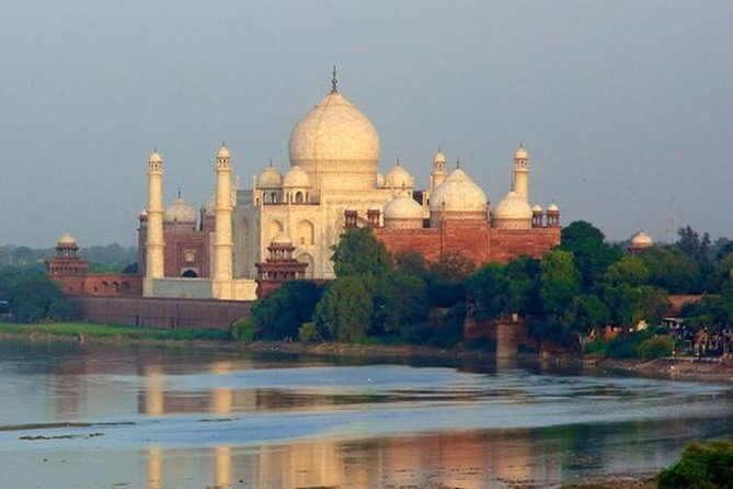 Sameday Taj Mahal Tour from Delhi by Private Car