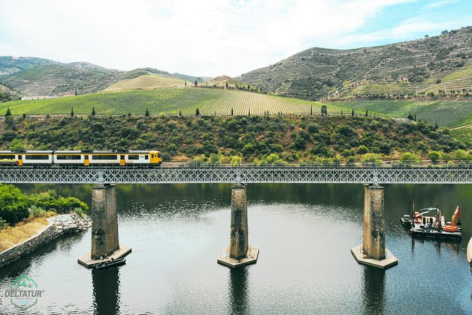 DOURO EXPERIENCE - BOAT AND TRAIN RIDE (full day private tour with Lunch)
