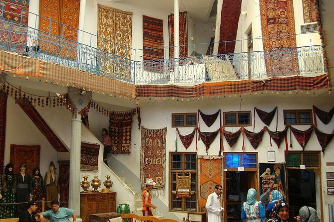 Private Tour Introduction to Batik Heritage Class with Lunch & Insurance