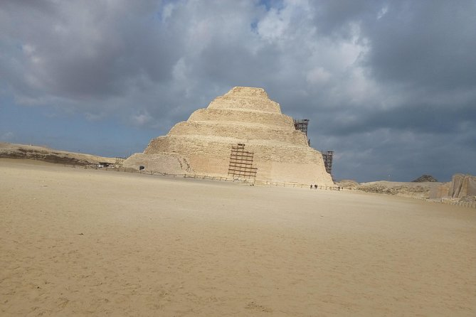private tour Giza Pyramids, Sphinx and Sakkara with Camel ride photo 2