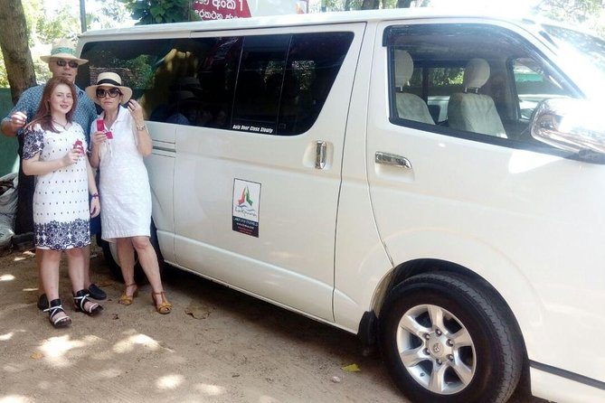 Colombo Airport (CMB) to Coral Rock by Bansei, Hikkaduwa Private Transfer