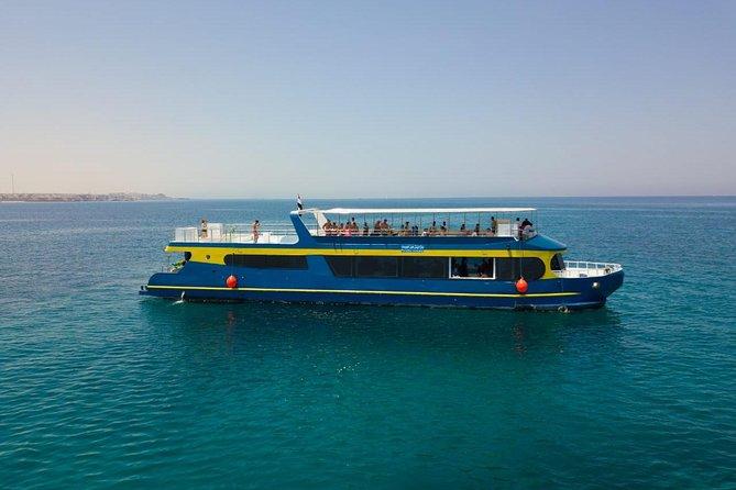 Paradise Conquest Semi Submarine & snorkeling - Hurghada