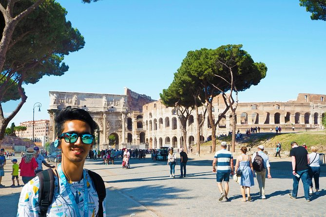 Small-Group Tour: Colosseum and Ancient Rome Experience