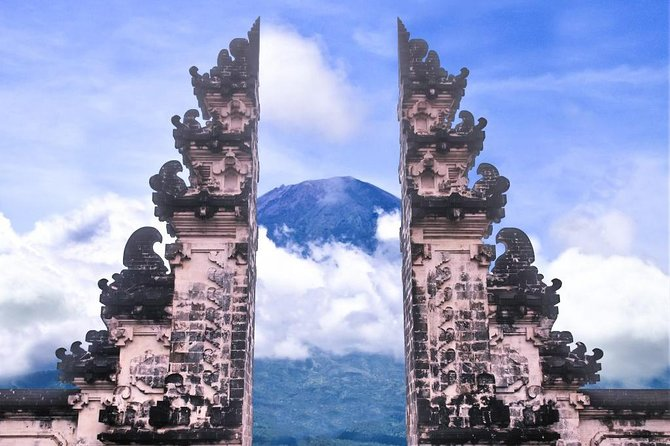 Tirta Gangga and Lempuyang Heaven Gate Tour
