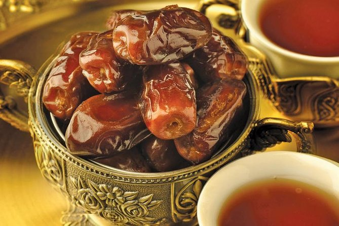 Enjoy a Premium Selection of Arabian Dates