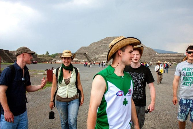 TEOTIHUACAN ( tour, mexican food & transportation)