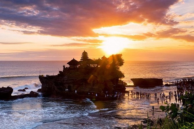 Package Tanah Lot sunset tour