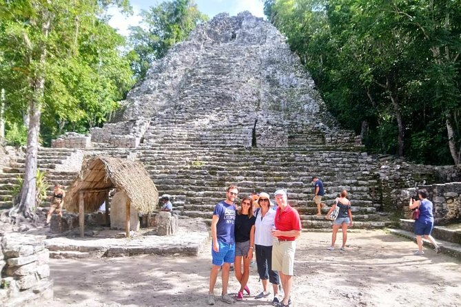Archaeological tour to Tulum and Coba.