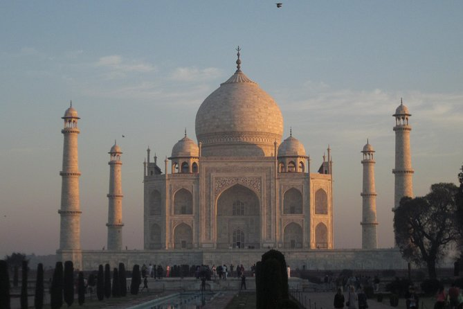 Same Day Tour Of Taj Mahal and other UNESCO sites