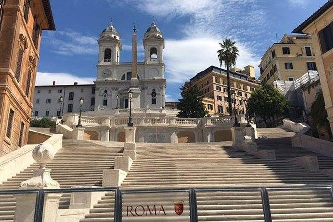 Panoramic Rome tour by car with driving escort photo 2