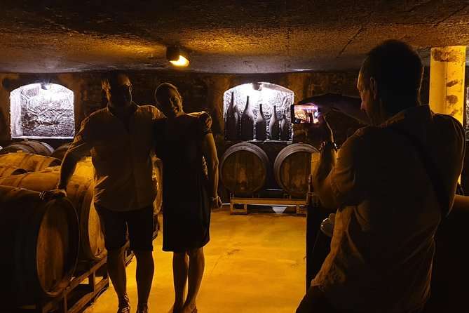 Taste champagne with a winemaker and visit his cellar. photo 3