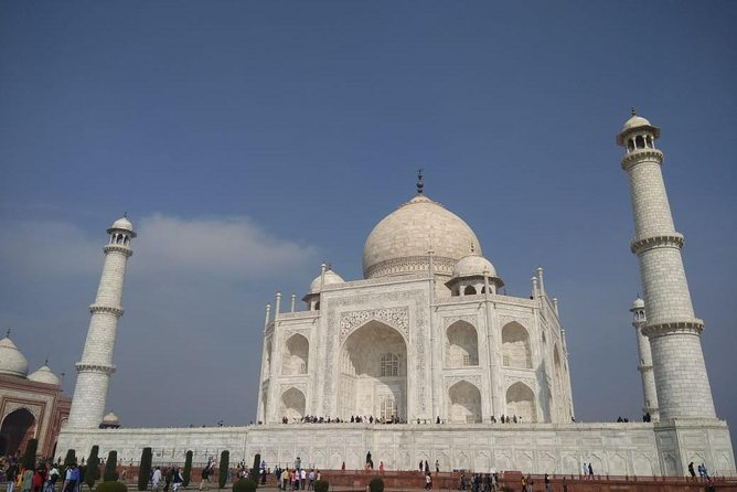 Private Tour to Taj Mahal from Delhi