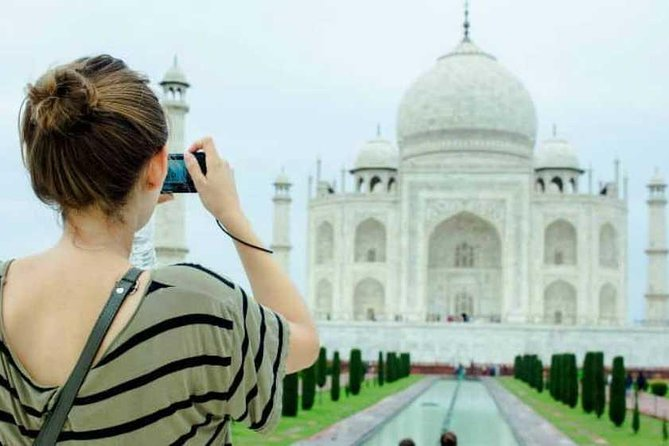 2-Day Private Tour to Taj Mahal, Agra from Mumbai