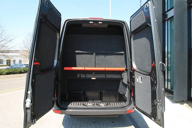 Southampton Private Minibus Transfer to Gatwick Airport or Hotel photo 2