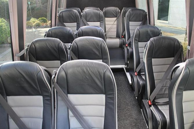 Southampton Private Minibus Transfer to Heathrow Airport or London