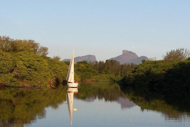 Tour privato in barca a vela del Pantanal Carioca a Rio de Janeiro