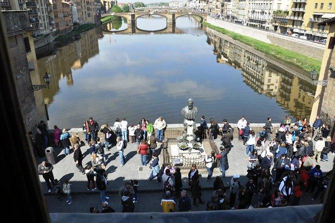 Florence Combo: Skip-the-Line Uffizi Gallery, Vasari Corridor and Accademia Gallery Tour