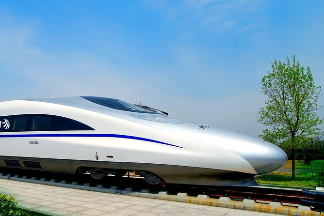 One Way Private Transfer Service (Railway Stations - Hotel in Yangshuo)