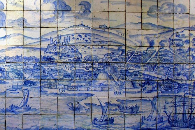 Lissabons berømte fliser hel dags tur med vinsmagning