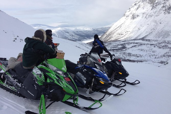 Safari en motoneige et élevage de rennes dans les montagnes de Tromso