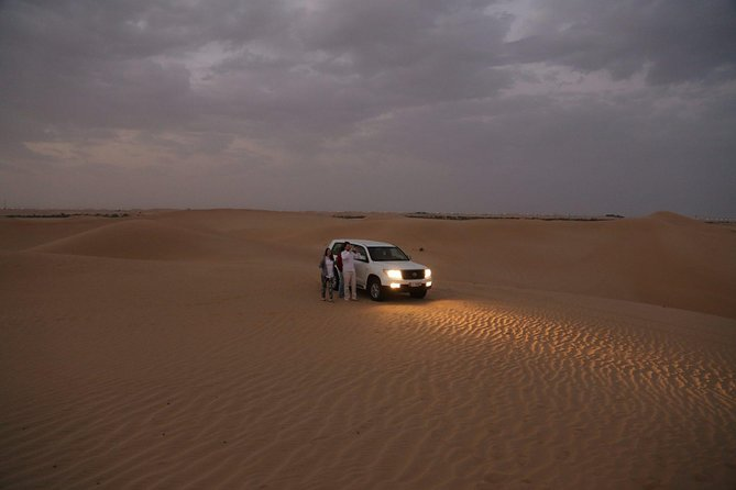 Dinner in The Desert - Dubai with Private Transfer for 1 to 5 People