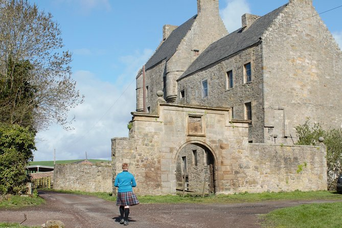 Private 'Outlander' Film Locations Day Trip from Edinburgh