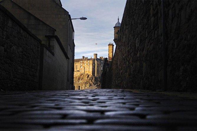 Photography Walking Tour in Edinburgh