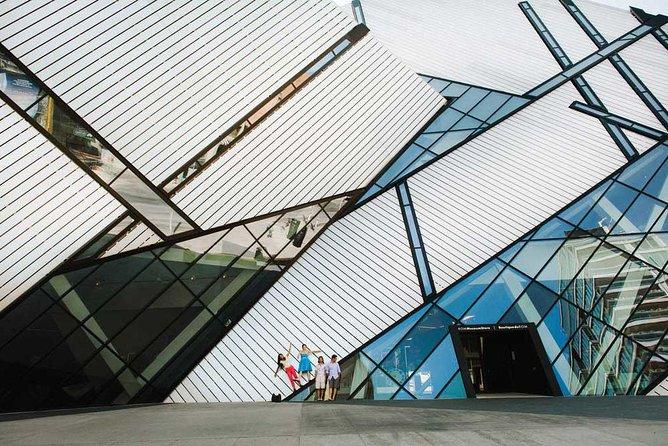 Luxury Small-Group Toronto City Tour