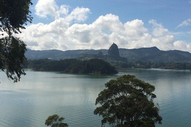 Cruise and Climb el Peñol and Visit Guatape – VIP Full Day Tour from Medellin