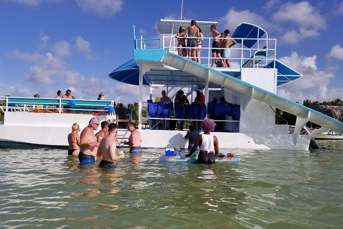 Party Boat in Punta Cana - Booze Cruse