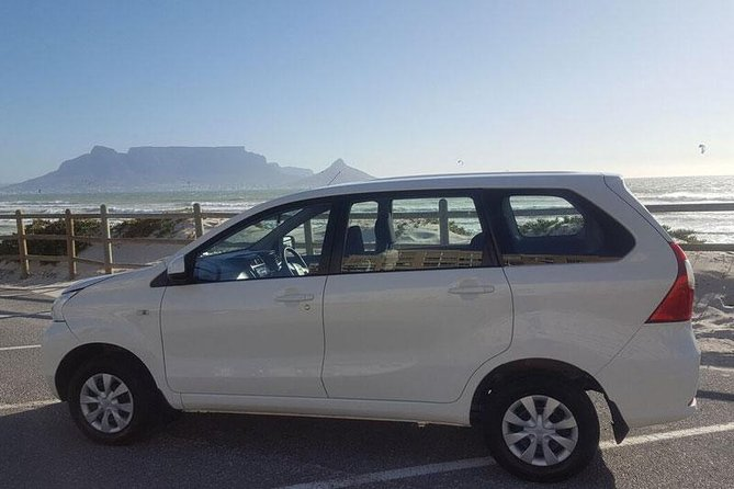 Private Arrival Transfer: Cape Town Airport to Hotel