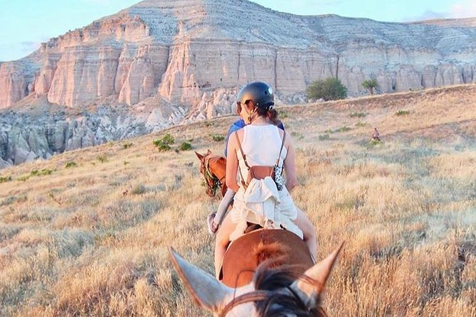 4-Hour-Horsebackriding-Tour through Cappadocia photo 3