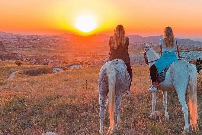 Sunset Horsebackriding tour through the Valleys of Cappadocia